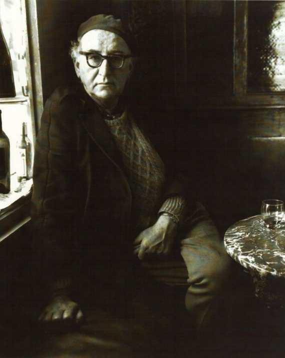 Patrick Kavanagh in O'Brien's Pub, Dublin